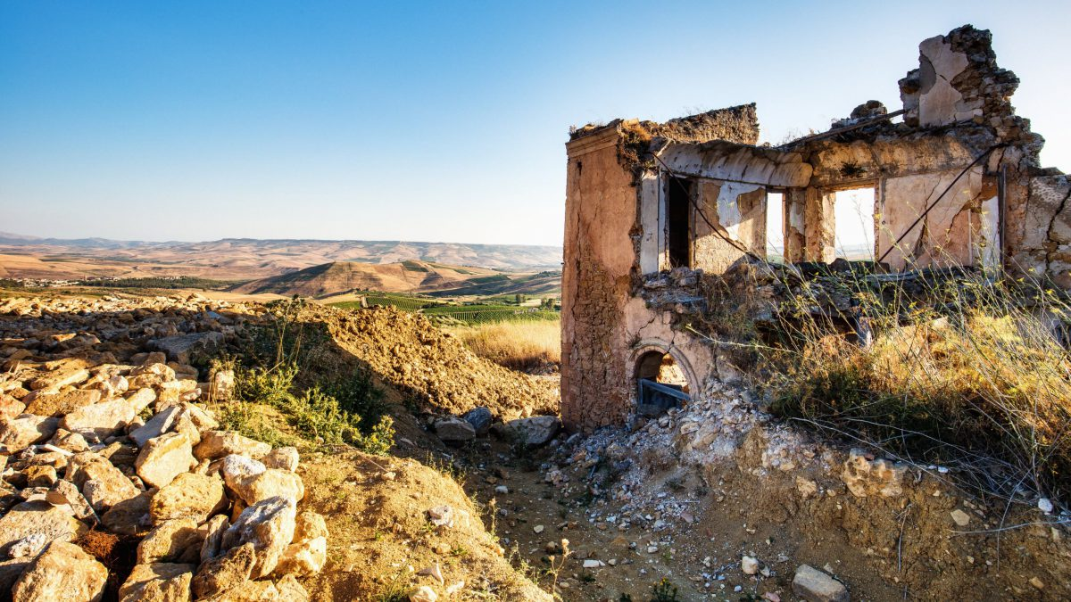 5 Worth Exploring Ghost Towns of Italy