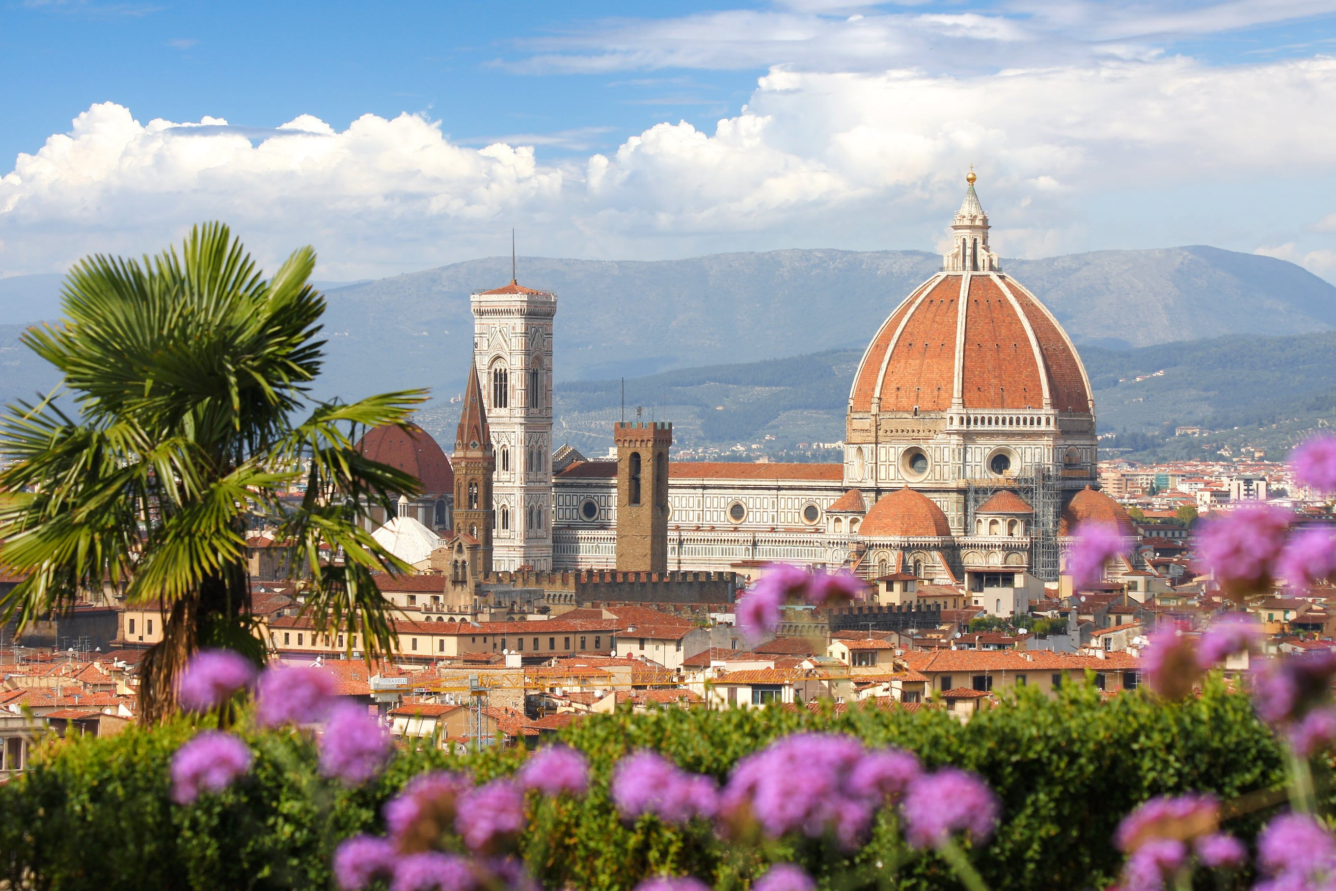 6 Reasons To Visit Italy in Spring