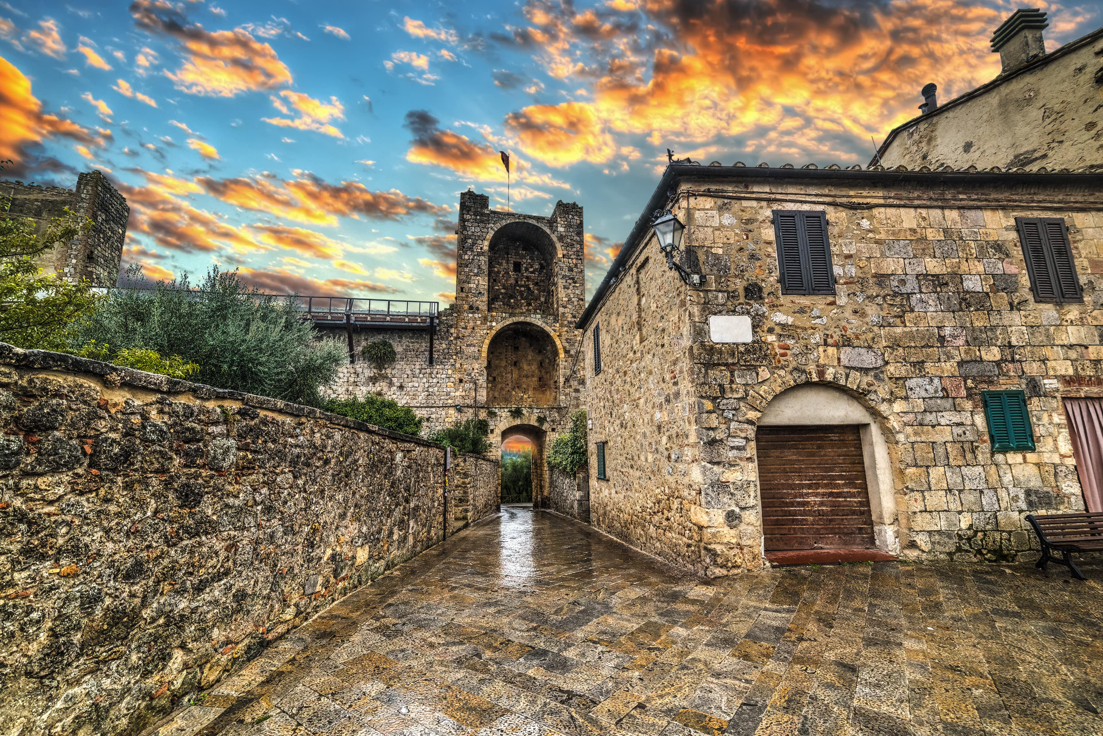 Monteriggioni, Tuscany - Italian Castle