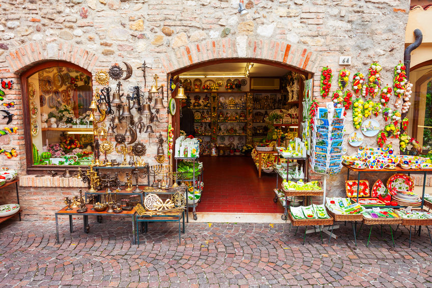 4 Souvenirs from Italy You Would Cherish for Your Lifetime