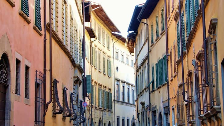 images/tours/cities/arezzo3.jpg