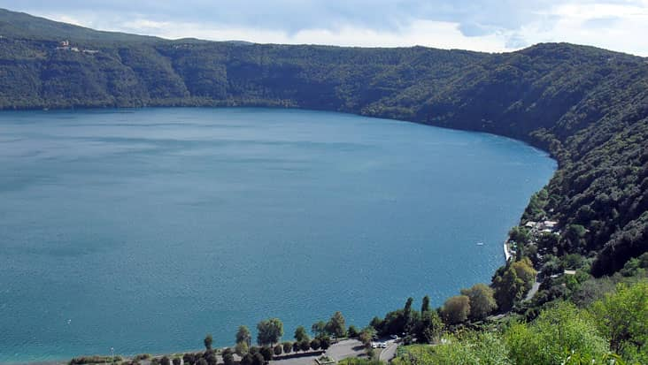 images/tours/cities/castelgandolfo lago albano.jpg