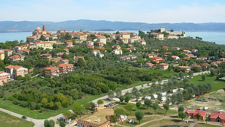 images/tours/cities/castiglionedellago.jpg