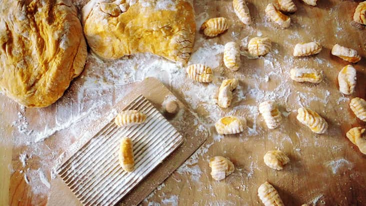 images/tours/cities/cookinggnocchi.jpg