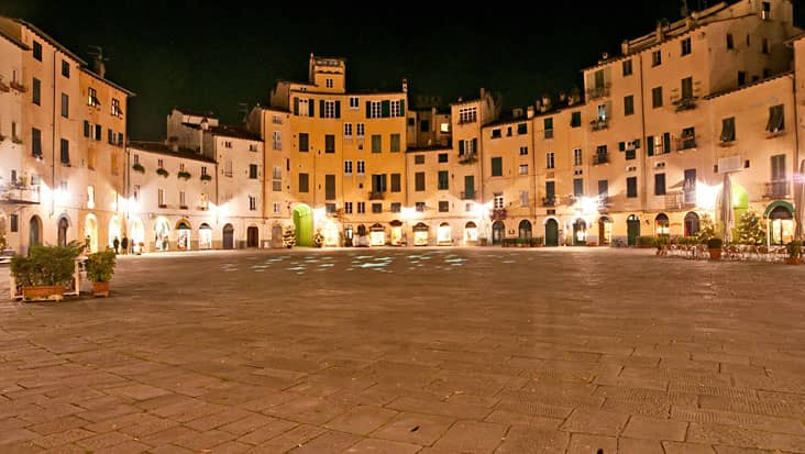 images/tours/cities/lucca2.jpg