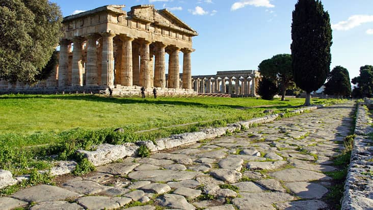 images/tours/cities/paestum2.jpg