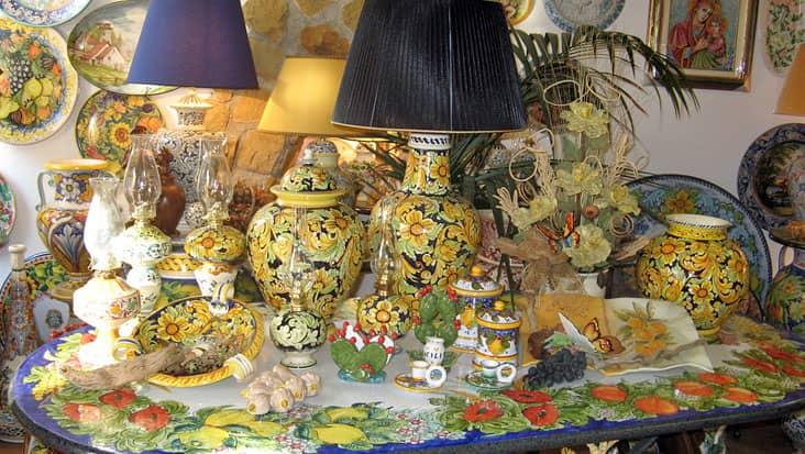 Ceramic in Santo Stefano di Camastra
