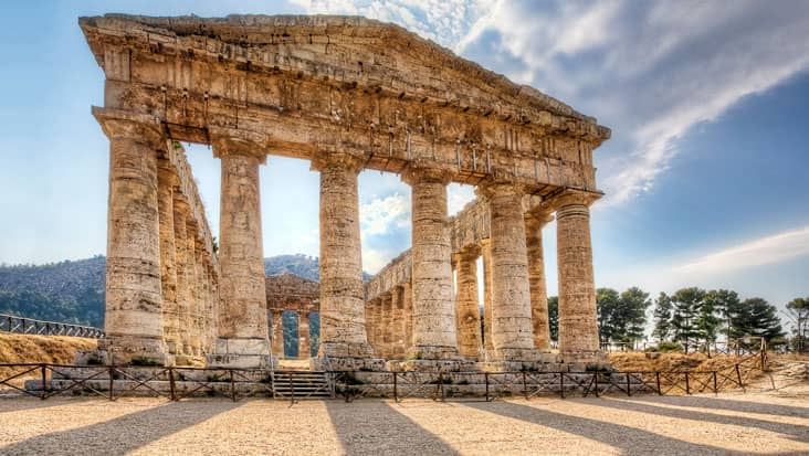 The greek temple in Segesta