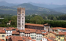 images/tours/cities/tuscany-lucca4.jpg