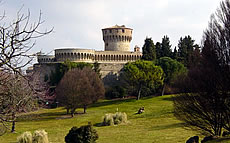 images/tours/cities/tuscany-volterra2.jpg